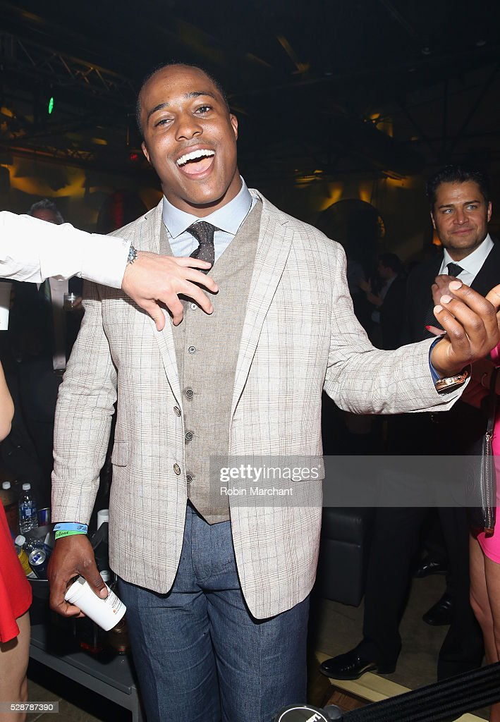 Tennessee Titans linebacker Avery Williamson attends The 6th Annual Fillies & Stallions Kentucky Derby party, hosted by Black Rock Thoroughbreds, along with Tito's Vodka, Jack Daniels and Red Bull on May 06, 2016 in Louisville, Kentucky.