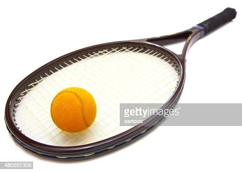 Bola de tênis e Raquete : Foto de stock