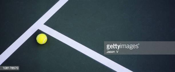Palla da Tennis Sdraiato su un campo