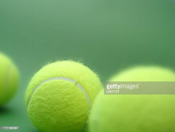 collection de balles de tennis