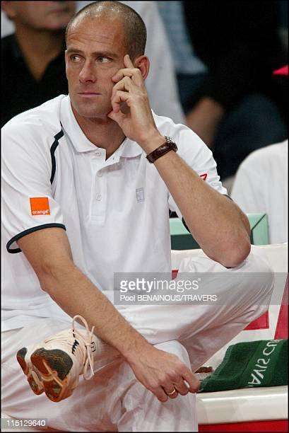 Tennis Final of the Davis Cup between France and Russia in Paris France on November 29 2002 Coach Guy Forget