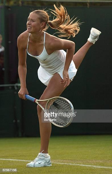 Tennis / Frauen Wimbledon 2004 London Maria SHARAPOVA / RUS 210604
