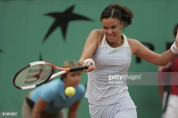 Tennis French Open Lindsay Davenport in action vs BEL Kim Clijsters at Roland Garros Paris FRA 5/29/2005