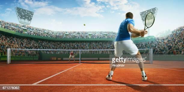 Tennis: Mâle sportif en action