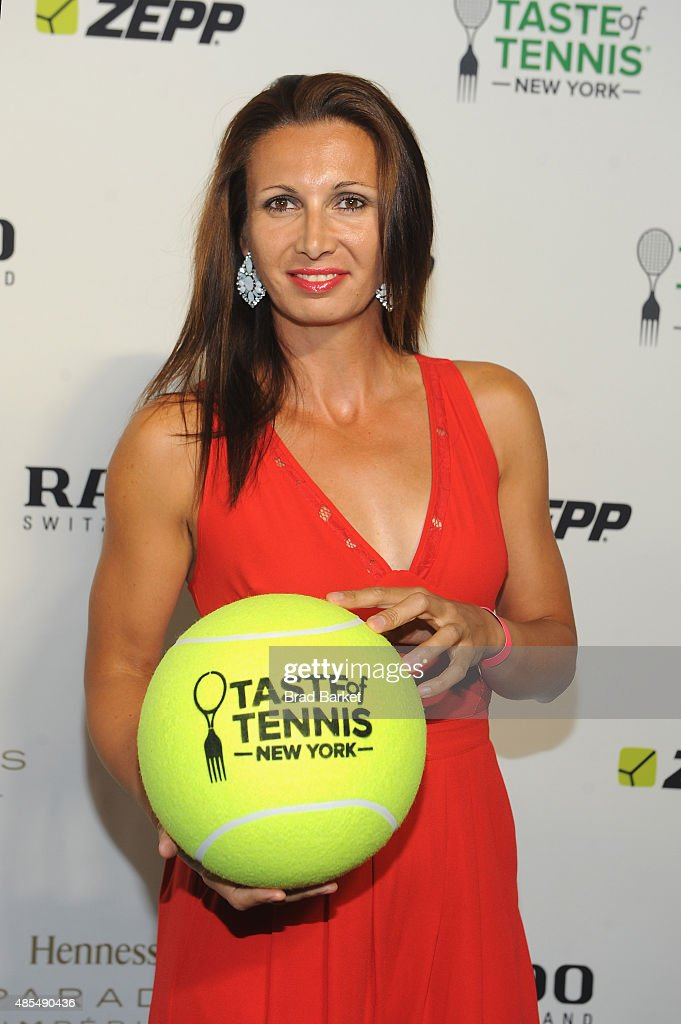 Tennis player <a gi-track='captionPersonalityLinkClicked' href=/galleries/search?phrase=Darija+Jurak&family=editorial&specificpeople=3047172 ng-click='$event.stopPropagation()'>Darija Jurak</a> attends the Taste of Tennis Gala during Taste of Tennis Week at W New York on August 27, 2015 in New York City.