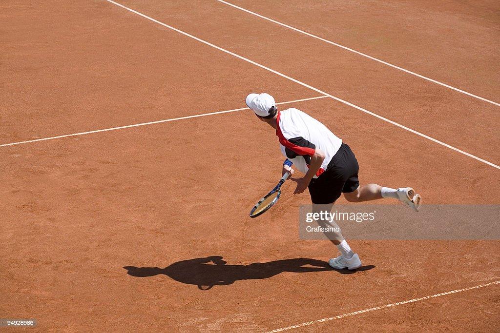 Joueur de Tennis frapper le ballon : Photo