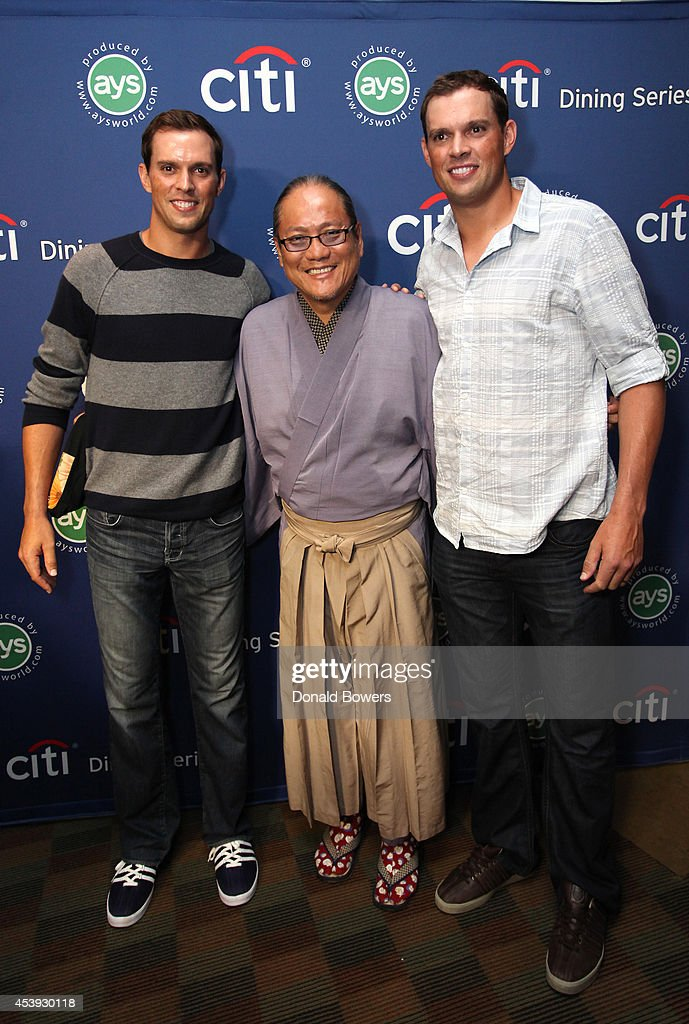 Tennis players <a gi-track='captionPersonalityLinkClicked' href=/galleries/search?phrase=Mike+Bryan+-+Tennis+Player&family=editorial&specificpeople=204456 ng-click='$event.stopPropagation()'>Mike Bryan</a> (L) and <a gi-track='captionPersonalityLinkClicked' href=/galleries/search?phrase=Bob+Bryan+-+Tennis+Player&family=editorial&specificpeople=203335 ng-click='$event.stopPropagation()'>Bob Bryan</a> (R), and chef <a gi-track='captionPersonalityLinkClicked' href=/galleries/search?phrase=Masaharu+Morimoto&family=editorial&specificpeople=3286208 ng-click='$event.stopPropagation()'>Masaharu Morimoto</a> attend Taste Of Tennis Week: Taste Of Tennis Gala at the W New York on August 21, 2014 in New York City.