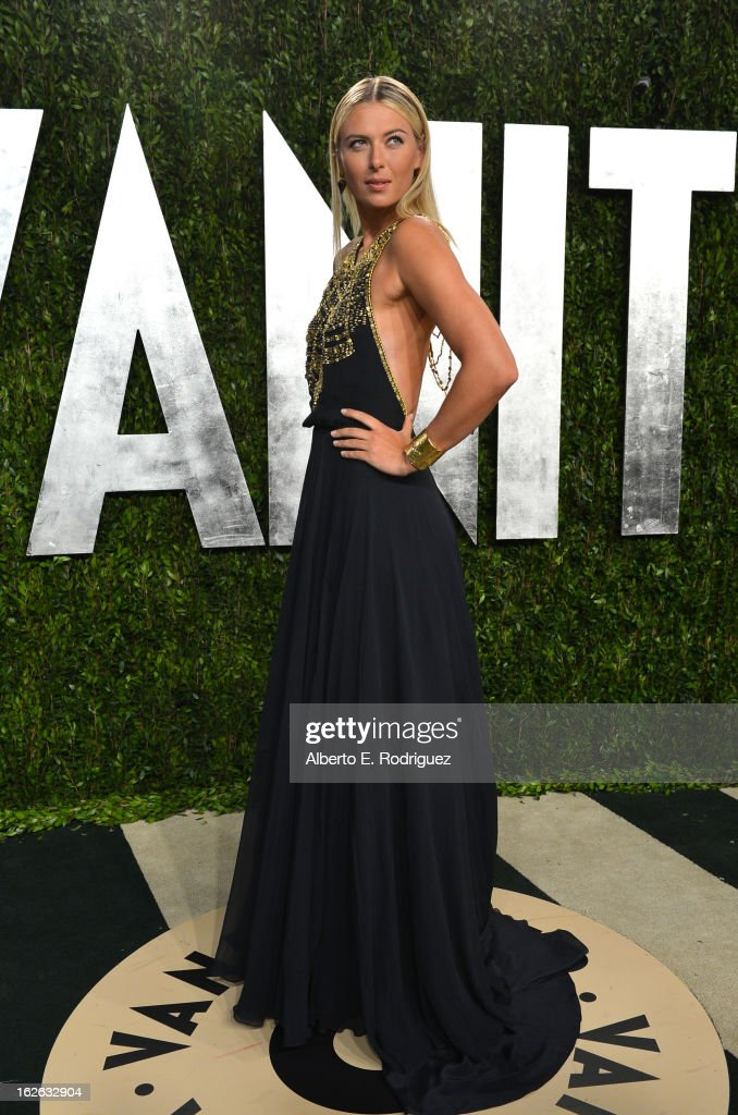 Tennis pro <a gi-track='captionPersonalityLinkClicked' href=/galleries/search?phrase=Maria+Sharapova&family=editorial&specificpeople=157600 ng-click='$event.stopPropagation()'>Maria Sharapova</a> arrives at the 2013 Vanity Fair Oscar Party hosted by Graydon Carter at Sunset Tower on February 24, 2013 in West Hollywood, California.