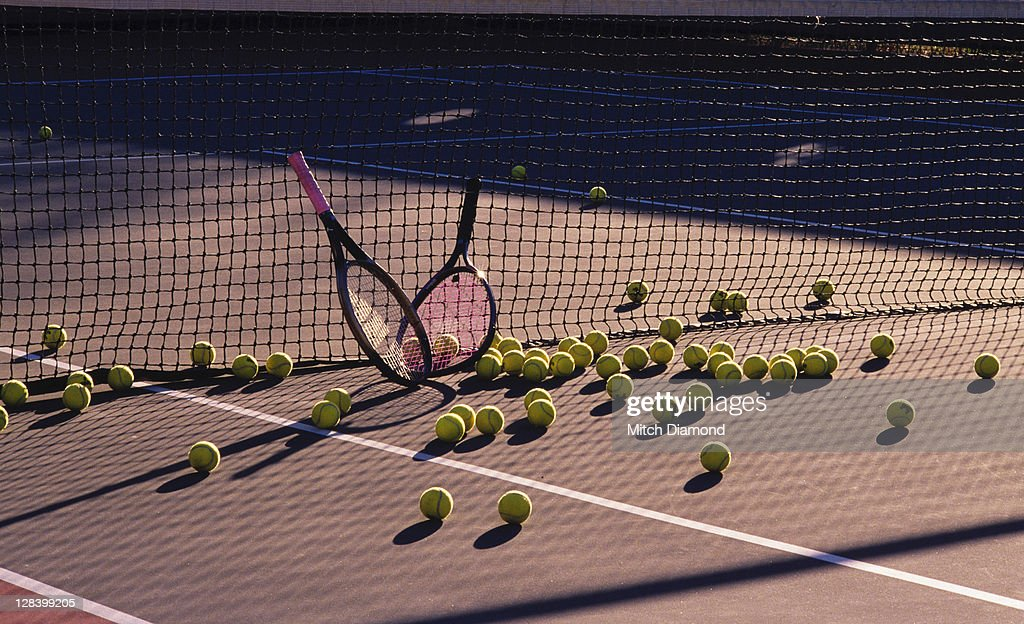 Tennis racquets and balls : Stock Photo