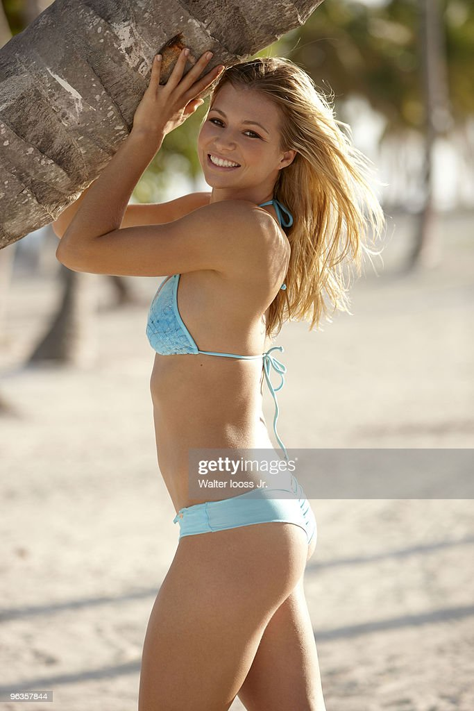 Tennis star <a gi-track='captionPersonalityLinkClicked' href=/galleries/search?phrase=Maria+Kirilenko&family=editorial&specificpeople=211512 ng-click='$event.stopPropagation()'>Maria Kirilenko</a> is photographed for Swimsuit Issue 2009. on location in the Dominican Republic. Set Number: X80637 TK3 R30 F16.
