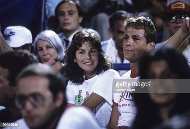 US Open Celebrity actor Tatum O'Neal watching boyfriend John McEnroe with her father Ryan O'Neal during match at National Tennis Center Flushing NY...