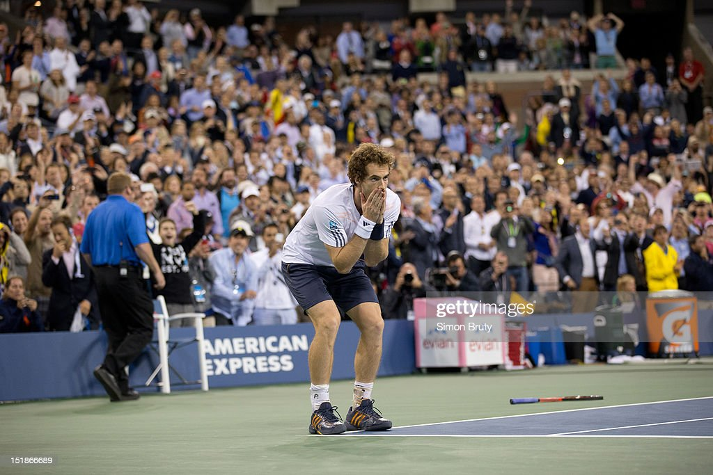 Great Britain Andy Murray victorious after winning Men's Final vs Serbia Novak Djokovic at BJK National Tennis Center. Simon Bruty F71 )