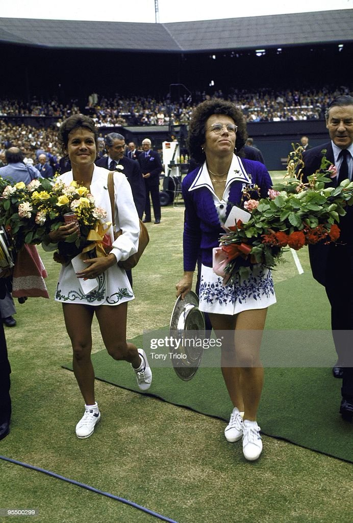 USA Billie Jean King and Australia Evonne Goolagong Cowney with flowers before Finals match at All England Club. London, England 7/6/1975
