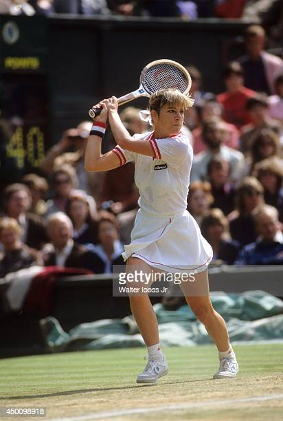 Wimbledon USA Chris EvertLloyd in action during Women's Finals match vs USA Pam Shriver at All England Club London England 7/1/1981 CREDIT Walter...
