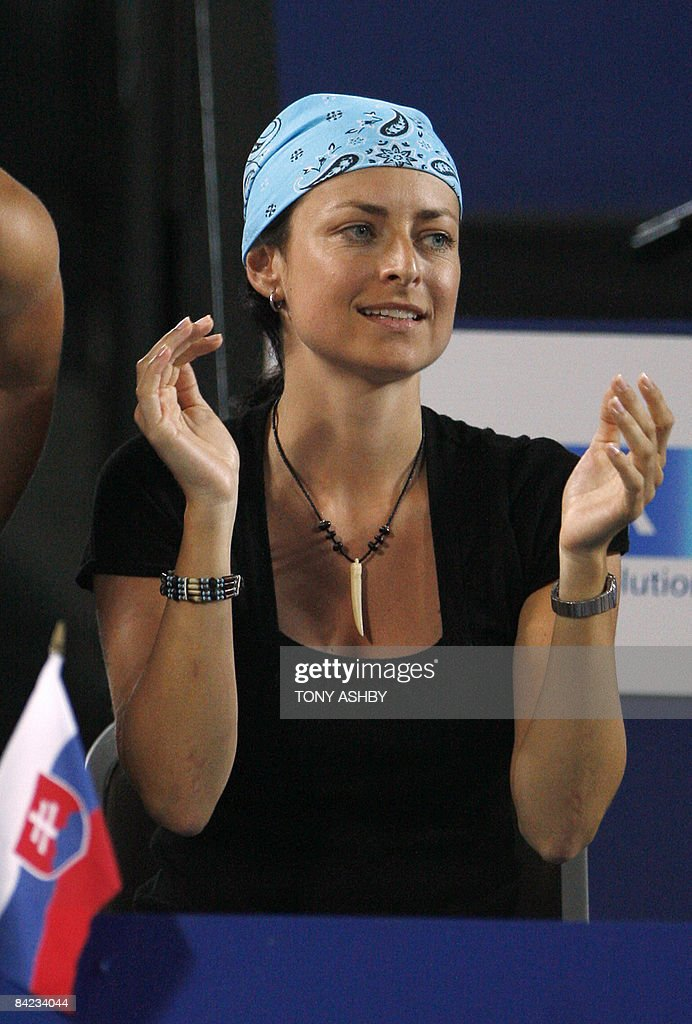 STORY 'Tennis-Hopman-AUS-SVK-Hrbaty-people' Nela Petrova, the girlfriend of Dominik Hrbaty of the Slovak Republic cheers him as he defeats Marat Safin of Russia in the Hopman Cup mens singles final in Perth on January 9, 2009. Nela Petrova, the girlfriend of Dominik Hebaty of the Slovak Republic cheering him as he defeats Marat Safin of Russia in the Hopman Cup mens singles final in Perth on January 9, 2009. In the buoyant afterglow of his second Hopman Cup win, the Slovak Republic's Dominik Hrbaty proposed to his Czech girlfriend early on January 10. The 31-year-old hinted at an imminent proposal during the post-match presentations after he and Dominika Cibulkova had upset Russian siblings Dinara Safina and Marat Safin on Friday evening to claim the mixed teams title. AFP PHOTO/Tony ASHBY
