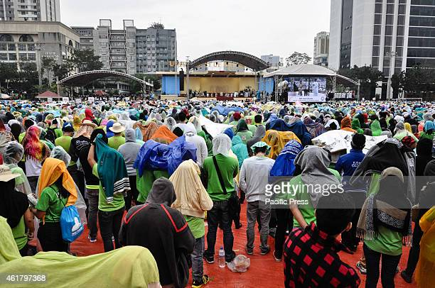 Tens of thousands Catholics attends the 'Encouter with Youth' in University of Santo Tomas in Manila on Sunday