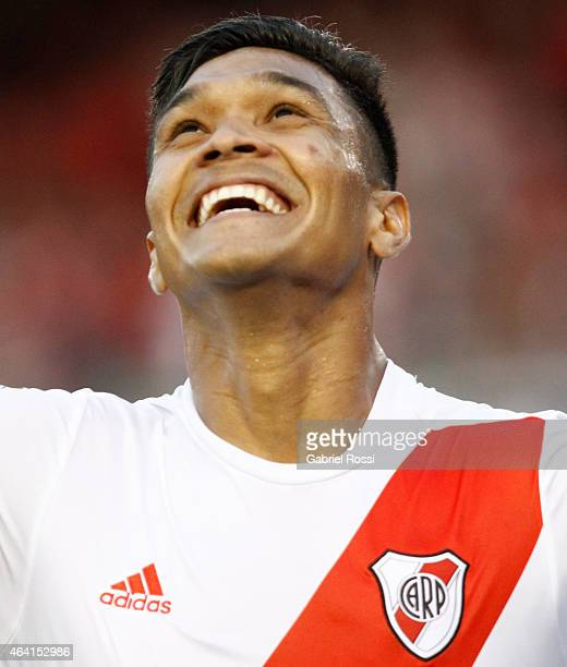 Teofilo Gutierrez of River Plate celebrates after scoring the second goal of his team during a match between River Plate and Quilmes as part of...