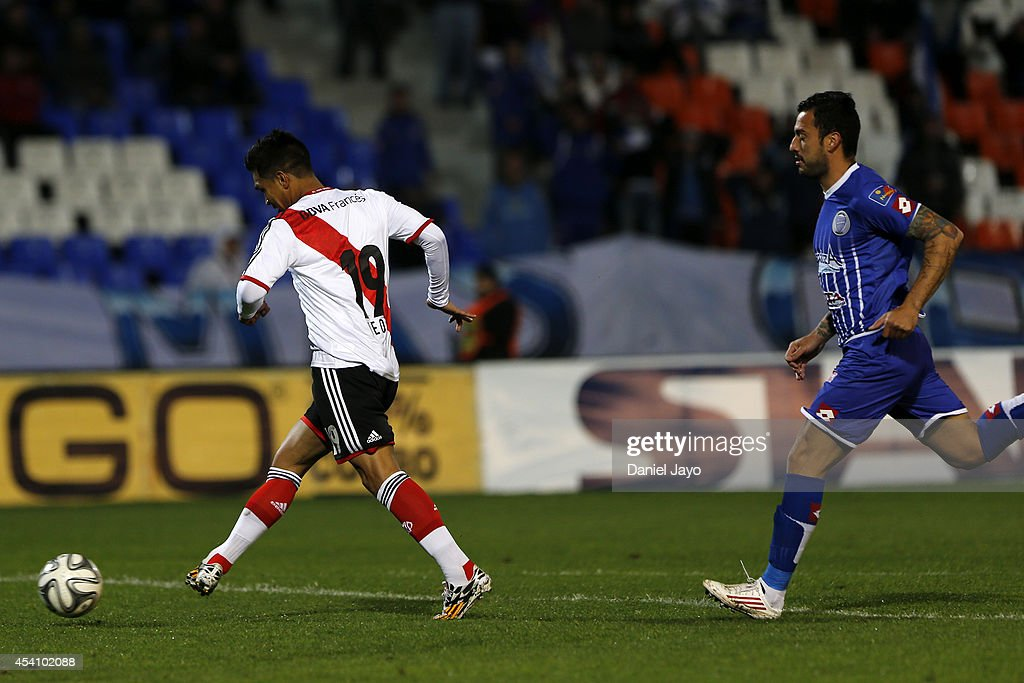 Teofilo Gutierrez of River Plate scores during a match between Godoy Cruz and River Plate as part of third round of Torneo de Transicion 2014 at...