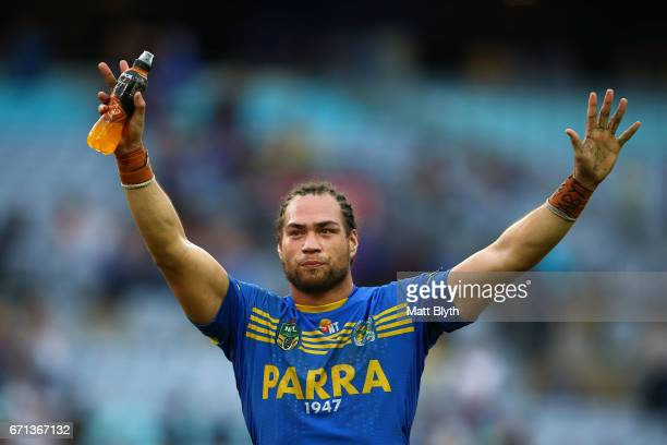 Tepai Moeroa of the Eels thanks the crowd after winning the round eight NRL match between the Parramatta Eels and the Penrith Panthers at ANZ Stadium...