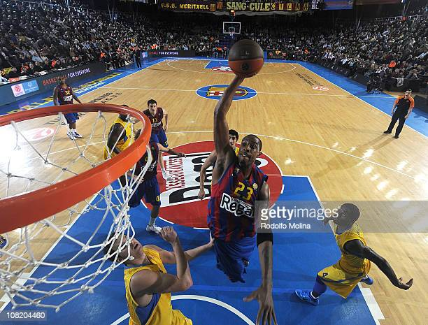Terence Morris #23 of Regal FC Barcelona in action during the 20102011 Turkish Airlines Euroleague Top 16 Date 1 game between Regal FC Barcelona vs...