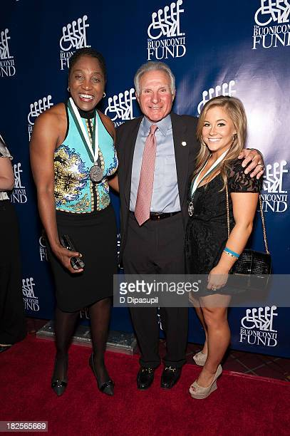 Teresa Edwards Nick Buoniconti and Shawn Johnson attend the 28th annual Great Sports Legends Dinner to Benefit The Buoniconti Fund To Cure Paralysis...