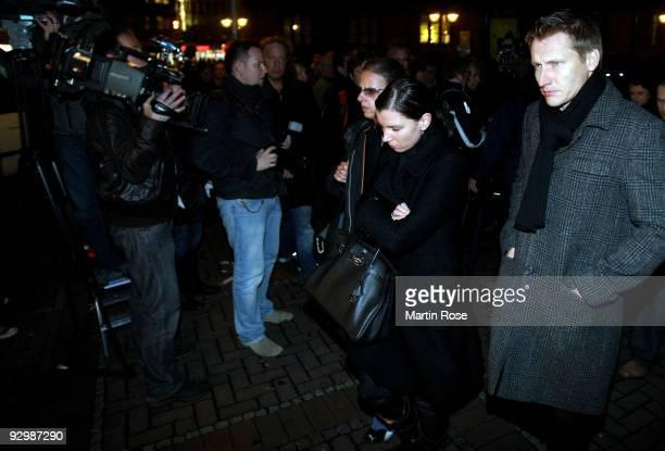 Teresa Enke take part of a mourning walk from the Marktkirche to the AWD Arena on November 11 2009 in Hanover Germany Robert Enke goalkeeper for...