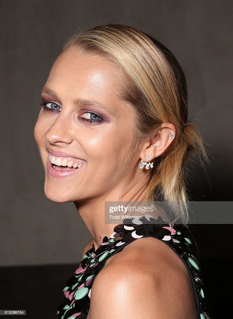 <a gi-track='captionPersonalityLinkClicked' href=/galleries/search?phrase=Teresa+Palmer&family=editorial&specificpeople=612319 ng-click='$event.stopPropagation()'>Teresa Palmer</a> attends the after party for the Knight Of Cups Premiere on March 1, 2016 in Los Angeles, California.