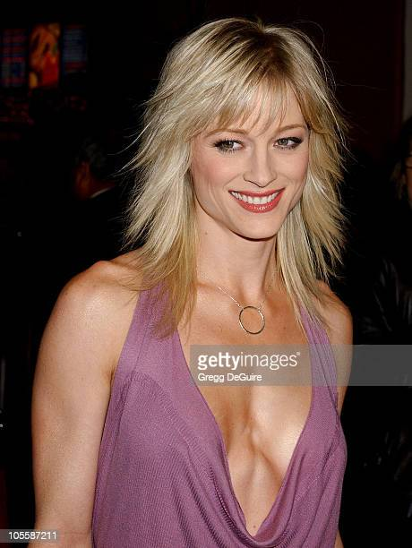 Daughter Of Saturn Teri Polo Stockfoto S En Beelden Getty