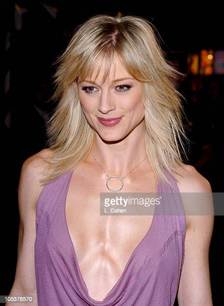 Teri Polo during 'Meet the Fockers' Los Angeles Premiere Red Carpet at Universal Amphitheatre in Los Angeles California United States