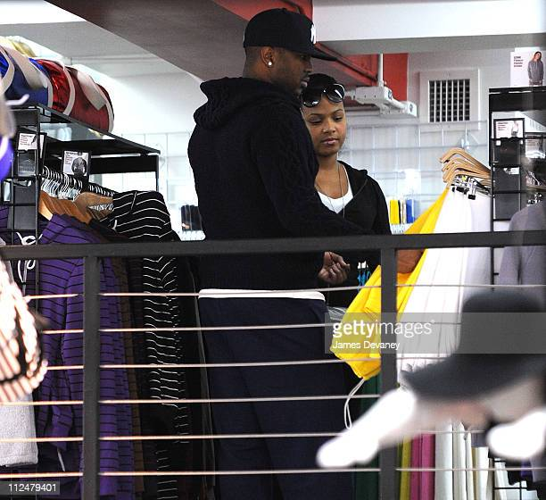 Terius Nash aka 'The Dream' and Christina Milian seen shopping at American Apparel on August 28 2009 in New York City