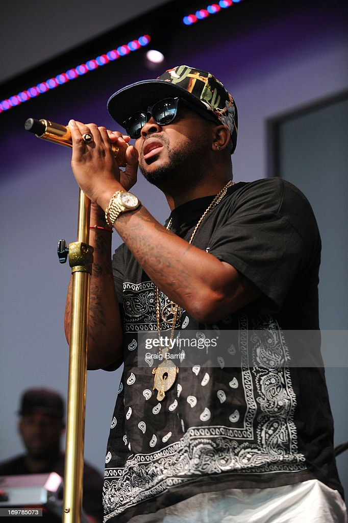 Terius The-Dream Nash performs at Meet the Musician at Apple Store Soho on June 1, 2013 in New York City.