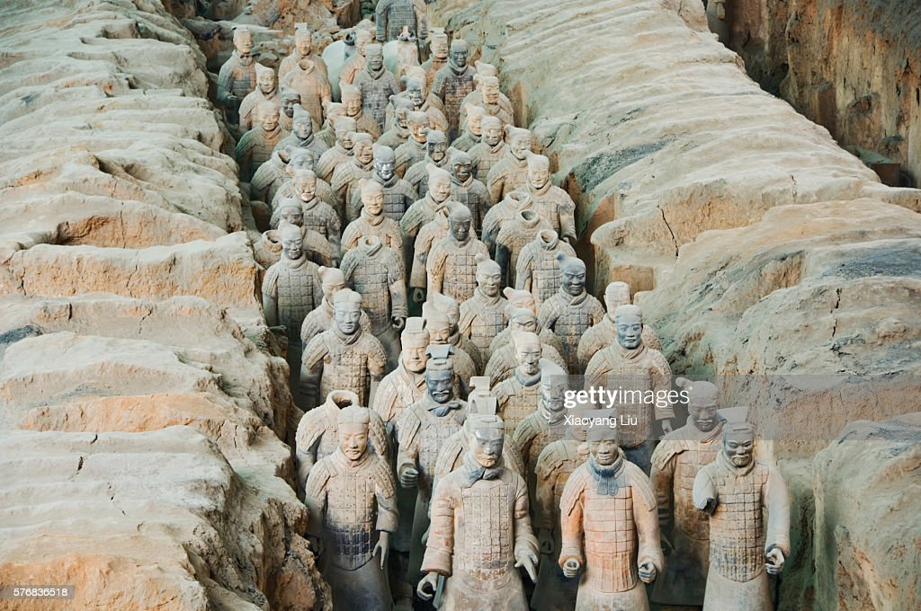 Terracotta Warrior Statues In Qin Shi Huangdi Tomb Stock Photo