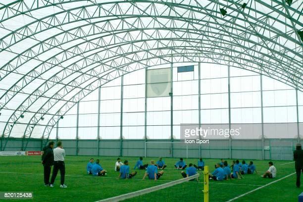 Terrain couvert Centre d entrainement de la Gaillette Reprise de l'entrainement du RC Lens La Gaillette Avion Saison 2007/2008