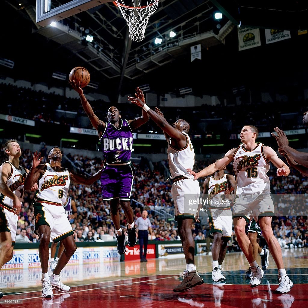 Mikwaukee Bucks vs Seattle SuperSonics