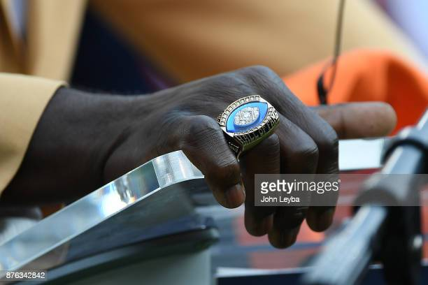 Terrell Davis' Hall of Fame ring before the game against the Cincinnati Bengals The Denver Broncos hosted the Cincinnati Bengals at Sports Authority...