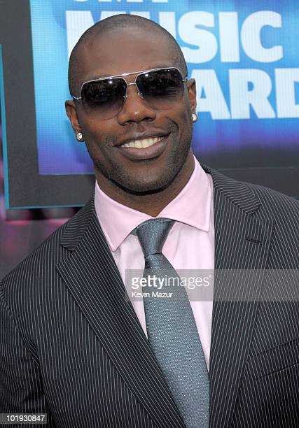 Terrell Owens attends the 2010 CMT Music Awards at the Bridgestone Arena on June 9 2010 in Nashville Tennessee