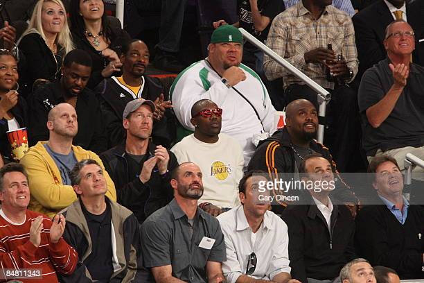 Terrell Owens of the Dallas Cowboys takes in the 2009 NBA AllStar Game on February 15 2009 at the US Airways Center in Phoenix Arizona NOTE TO USER...