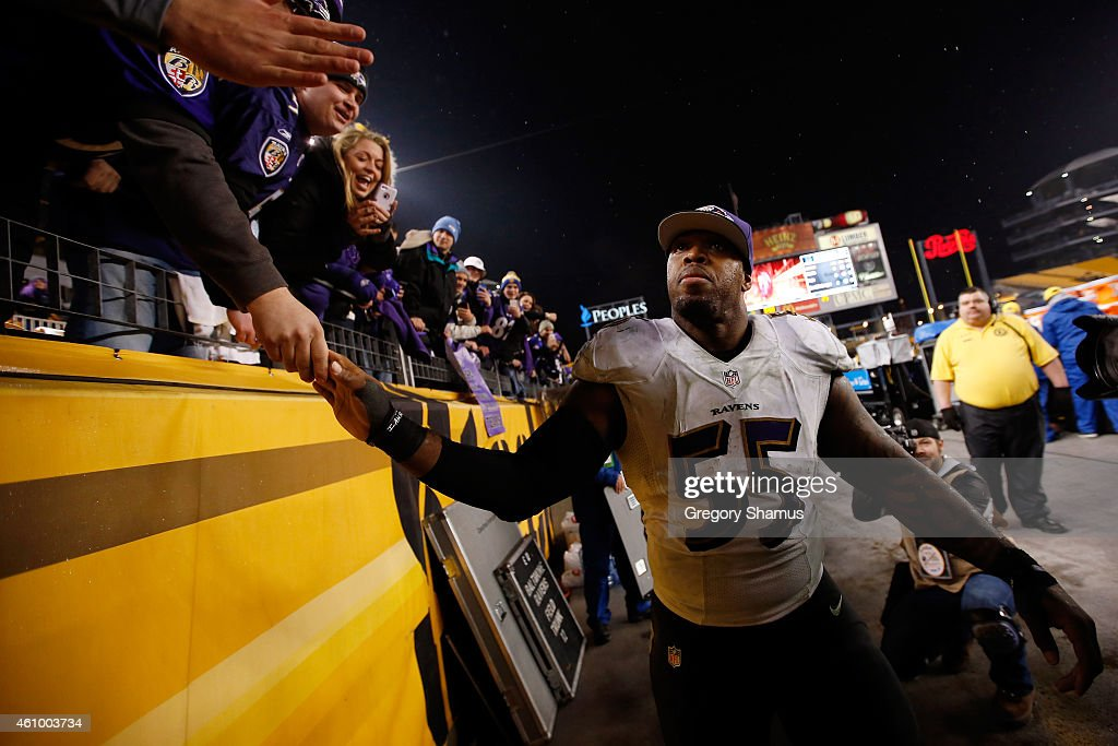 <a gi-track='captionPersonalityLinkClicked' href=/galleries/search?phrase=Terrell+Suggs&family=editorial&specificpeople=215464 ng-click='$event.stopPropagation()'>Terrell Suggs</a> #55 of the Baltimore Ravens celebrates with fans after defeating the Pittsburgh Steelers 30-17 in their AFC Wild Card game at Heinz Field on January 3, 2015 in Pittsburgh, Pennsylvania.