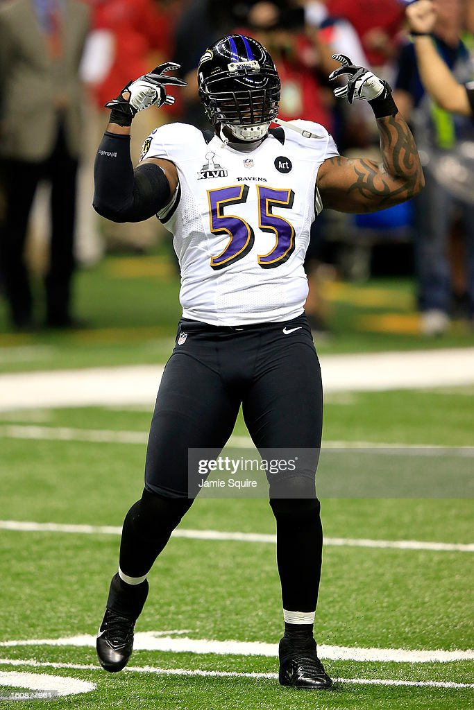 Terrell Suggs #55 of the Baltimore Ravens reacts against the San Francisco 49ers during Super Bowl XLVII at the Mercedes-Benz Superdome on February 3, 2013 in New Orleans, Louisiana. The Ravens won 34-31.