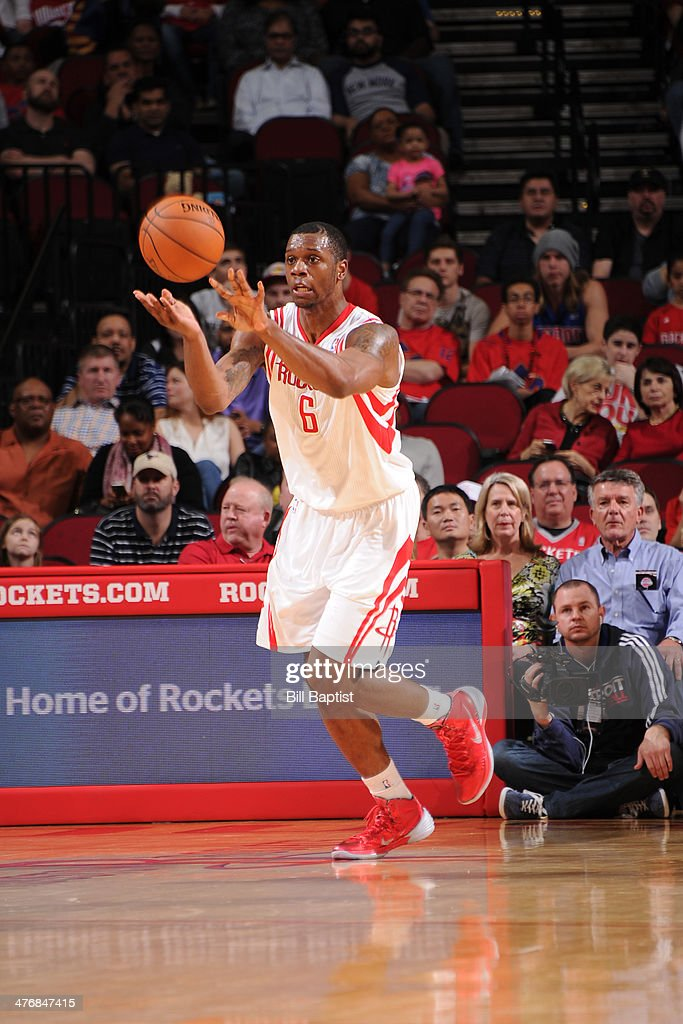 Terrence Jones #6 of the Houston Rockets passes the ball against the Detroit Pistons on March 1, 2014 at the Toyota Center in Houston, Texas.