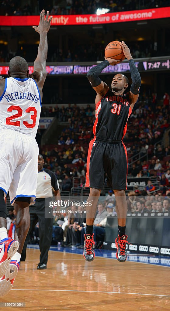 Terrence Ross #31 of the Toronto Raptors drives to the basket against Jason Richardson #23 of the Philadelphia 76ers during the game at the Wells Fargo Center on January 18, 2013 in Philadelphia, Pennsylvania.