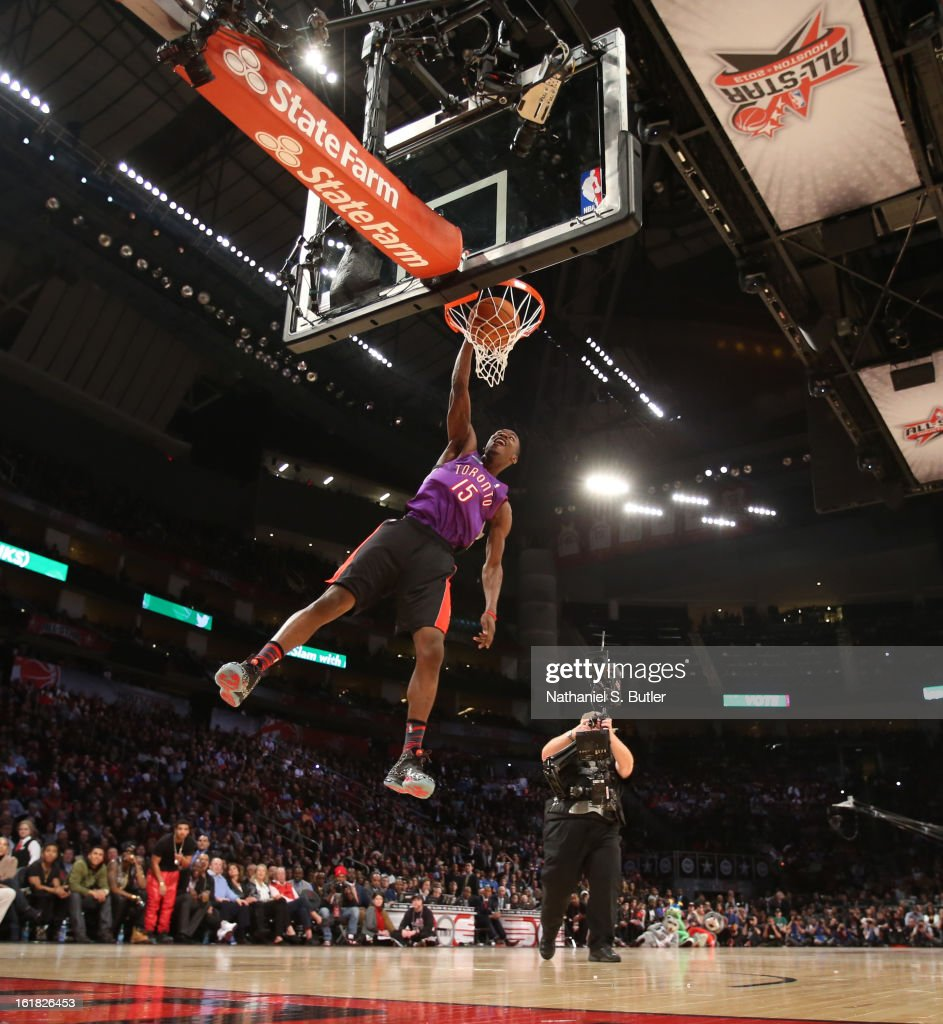 Terrence Ross #31 of the Toronto Raptors dunks while wearing a Vince Carter jersey formerly #15 of the Toronto Raptors during the 2013 Sprite Slam Dunk Contest on State Farm All-Star Saturday Night as part of the 2013 NBA All-Star Weekend on February 16, 2013 at the Toyota Center in Houston, Texas.