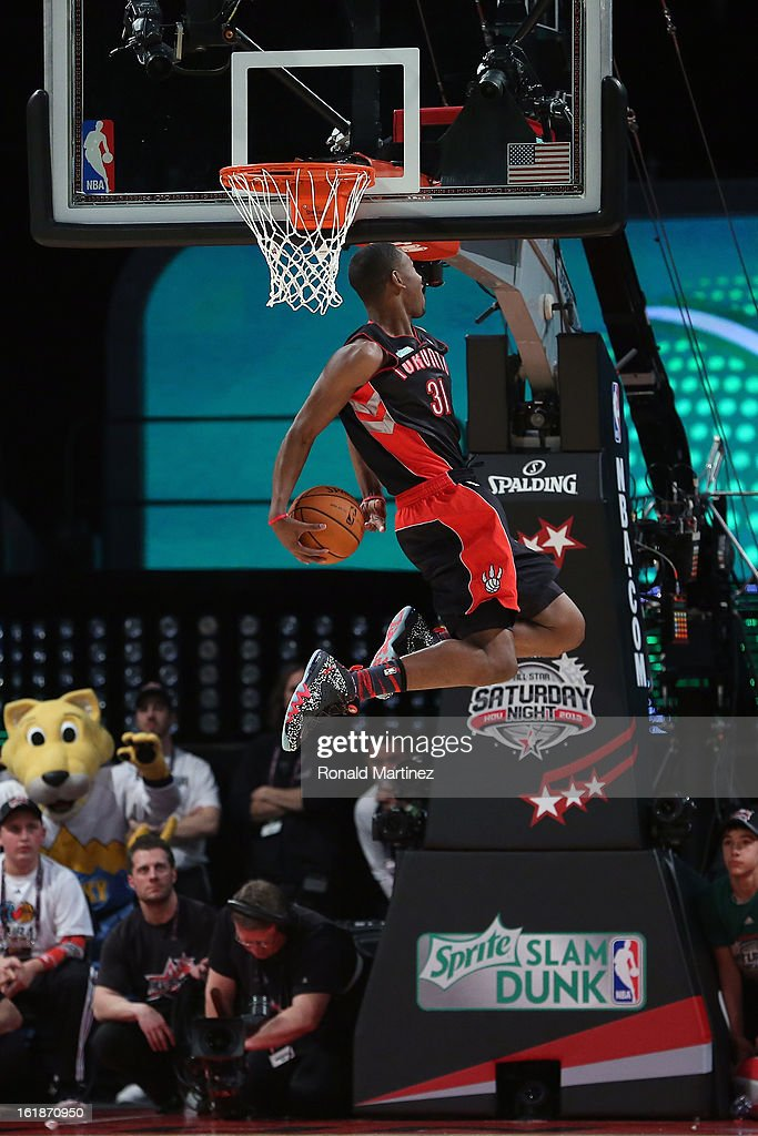 <a gi-track='captionPersonalityLinkClicked' href=/galleries/search?phrase=Terrence+Ross&family=editorial&specificpeople=6781663 ng-click='$event.stopPropagation()'>Terrence Ross</a> of the Toronto Raptors goes up for a dunk in the first round during the Sprite Slam Dunk Contest part of 2013 NBA All-Star Weekend at the Toyota Center on February 16, 2013 in Houston, Texas.