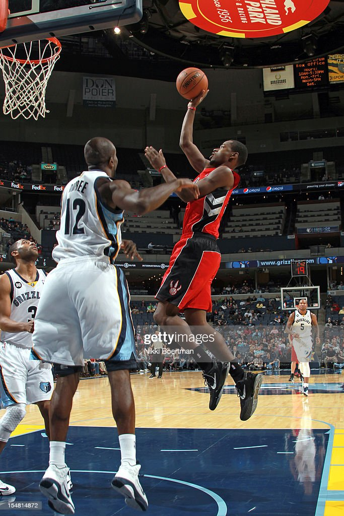 <a gi-track='captionPersonalityLinkClicked' href=/galleries/search?phrase=Terrence+Ross&family=editorial&specificpeople=6781663 ng-click='$event.stopPropagation()'>Terrence Ross</a> #31 of the Toronto Raptors shoots against the Memphis Grizzlies on October 26, 2012 at FedExForum in Memphis, Tennessee.
