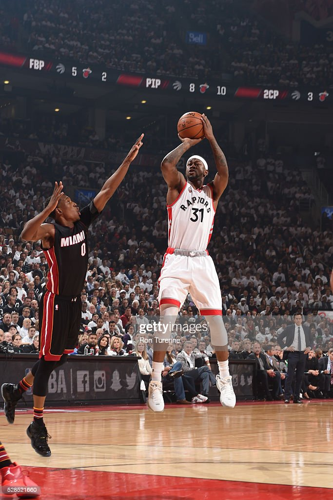 <a gi-track='captionPersonalityLinkClicked' href=/galleries/search?phrase=Terrence+Ross&family=editorial&specificpeople=6781663 ng-click='$event.stopPropagation()'>Terrence Ross</a> #31 of the Toronto Raptors shoots the ball against the Miami Heat in Game Two of the Eastern Conference Semifinals on May 5, 2016 at the Air Canada Centre in Toronto, Ontario, Canada.