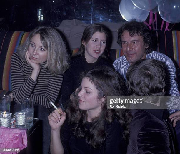 Terri Garr Carrie Fisher Amy Irving and Mikhail Barynshikov attend Lorna Luft's 25th Birthday on November 21 1977 at Sibil's in New York City