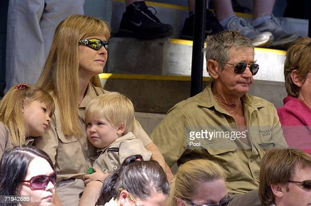 Terri Irwin wife of Australian environmentalist and television personality Steve Irwin sits with daughter Bindi and son Bob and Steve's father Bob...