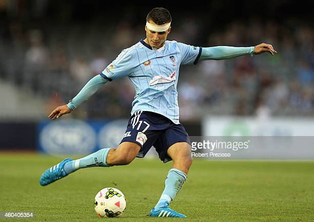 Terry Antonis of Sydney controls the ball during the round 11 ALeague match between Melbourne Victory and Sydney FC at Etihad Stadium on December 13...