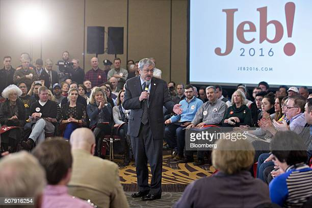 Terry Branstad governor of Iowa speaks during a campaign event for Jeb Bush former governor of Florida and 2016 Republican presidential candidate in...