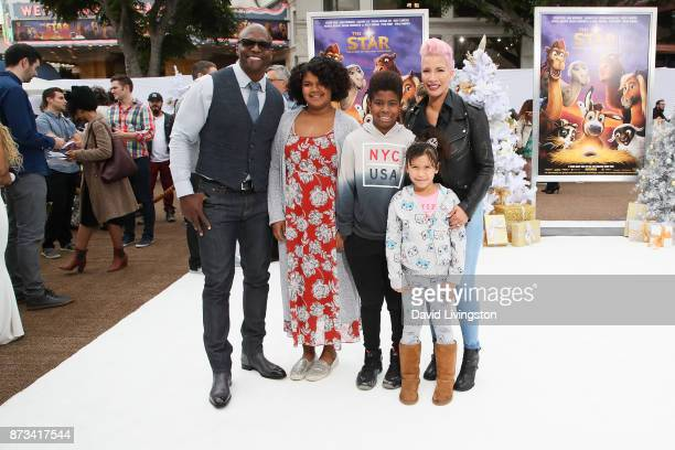 Terry Crews and family arrive at the Premiere of Columbia Pictures' 'The Star' at the Regency Village Theatre on November 12 2017 in Westwood...